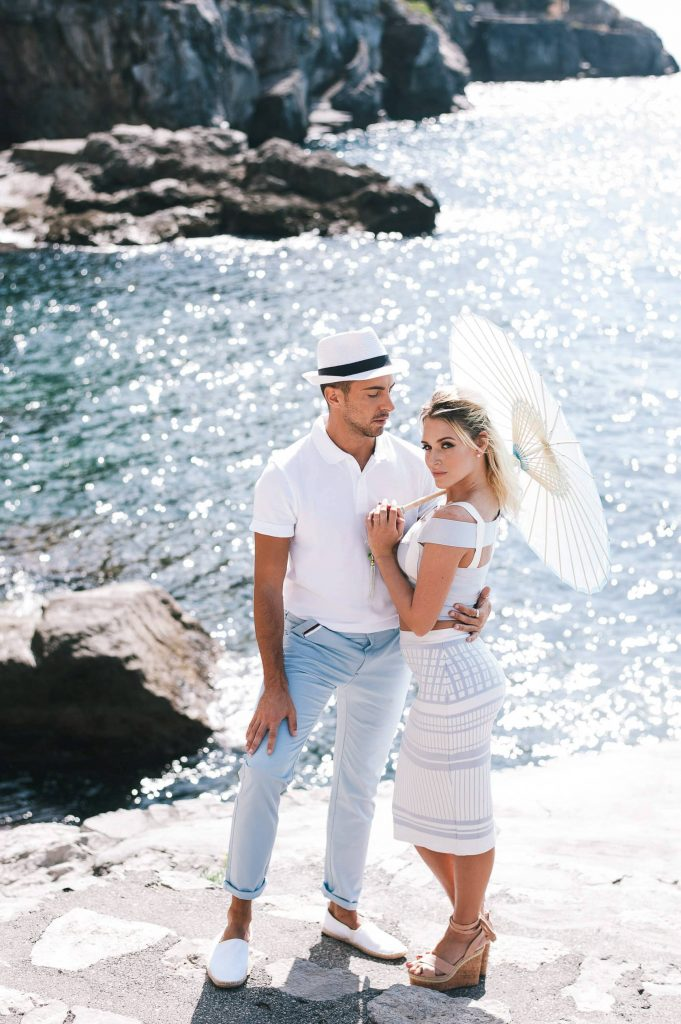 Bride and groom by the water at this Positano wedding weekend in Villa Tre Ville | Photo by Gianni di Natale