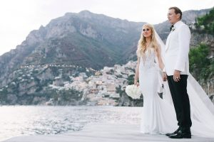Bride and groom at this Positano wedding weekend in Villa Tre Ville | Photo by Gianni di Natale at this Positano wedding weekend in Villa Tre Ville | Photo by Gianni di Natale