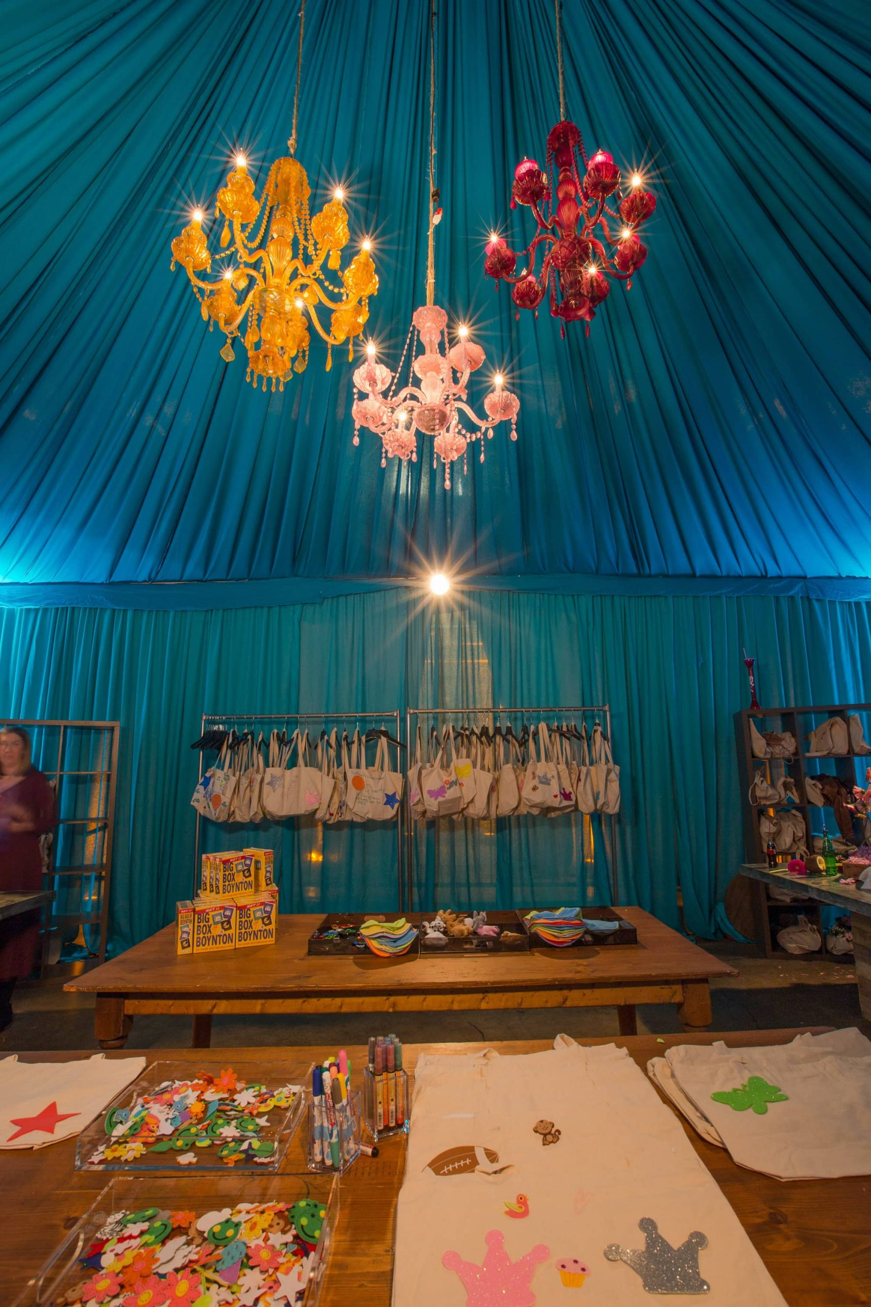 DIY canvas tote station at this food festival and souk-inspired bat mitzvah in DC | Photo by Luis Zepeda