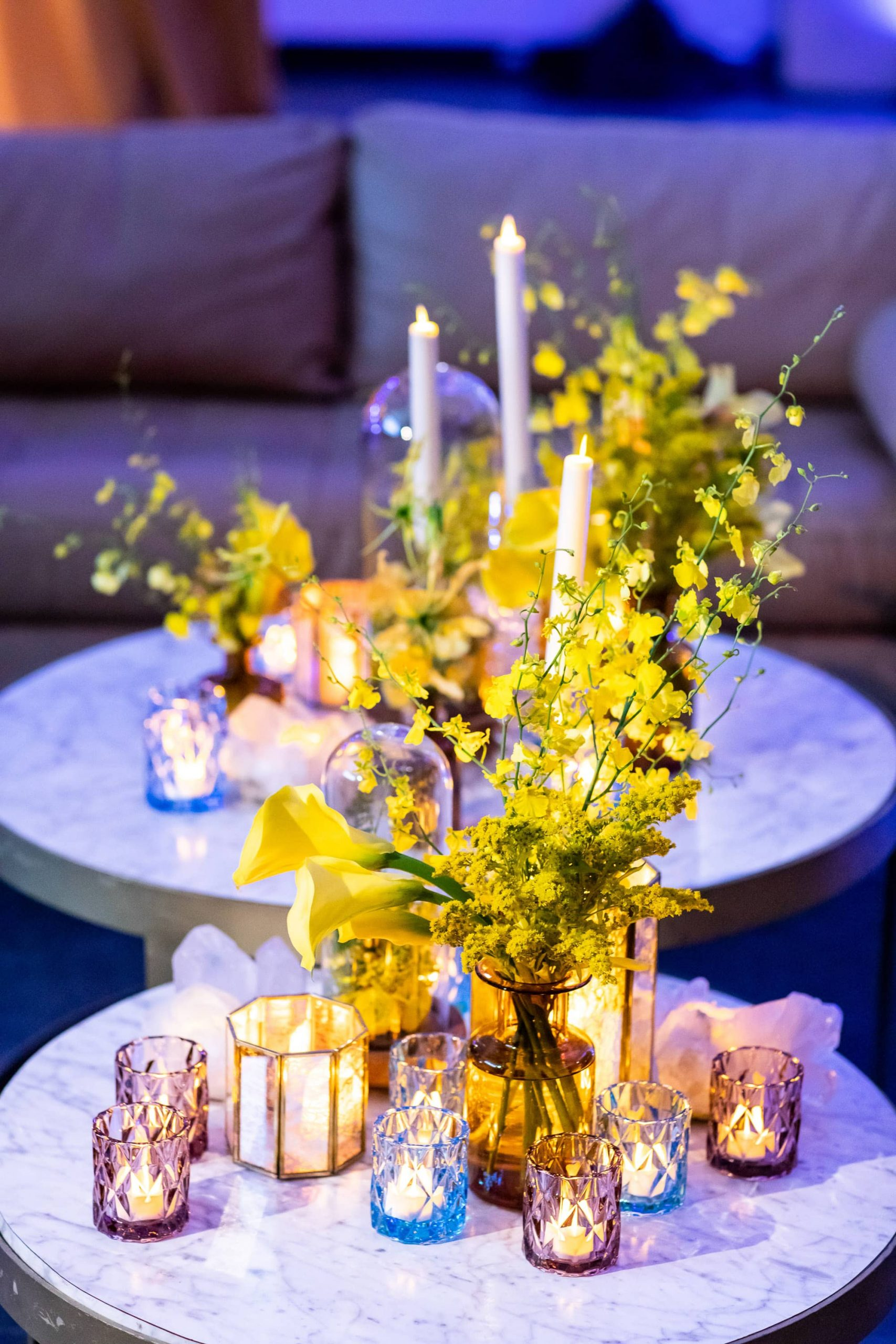 Table decor at this Brooklyn Museum rehearsal dinner in NYC | Photo by Gruber Photo