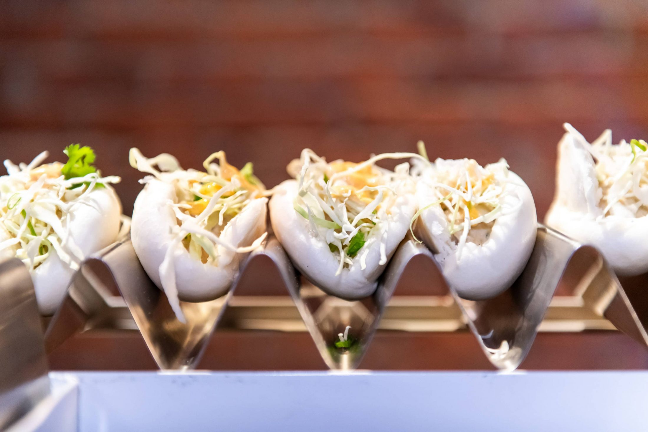 Gua bao station at this Brooklyn Museum rehearsal dinner in NYC | Photo by Gruber Photo