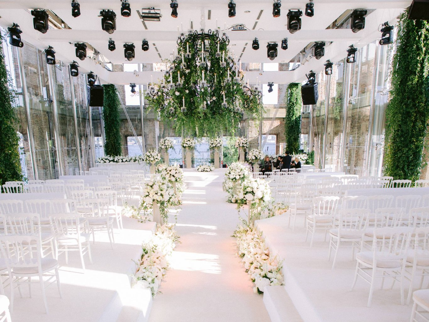 Ceremony decor at Esma Sultan at this Istanbul wedding weekend at Four Seasons Bosphorus | Photo by Allan Zepeda
