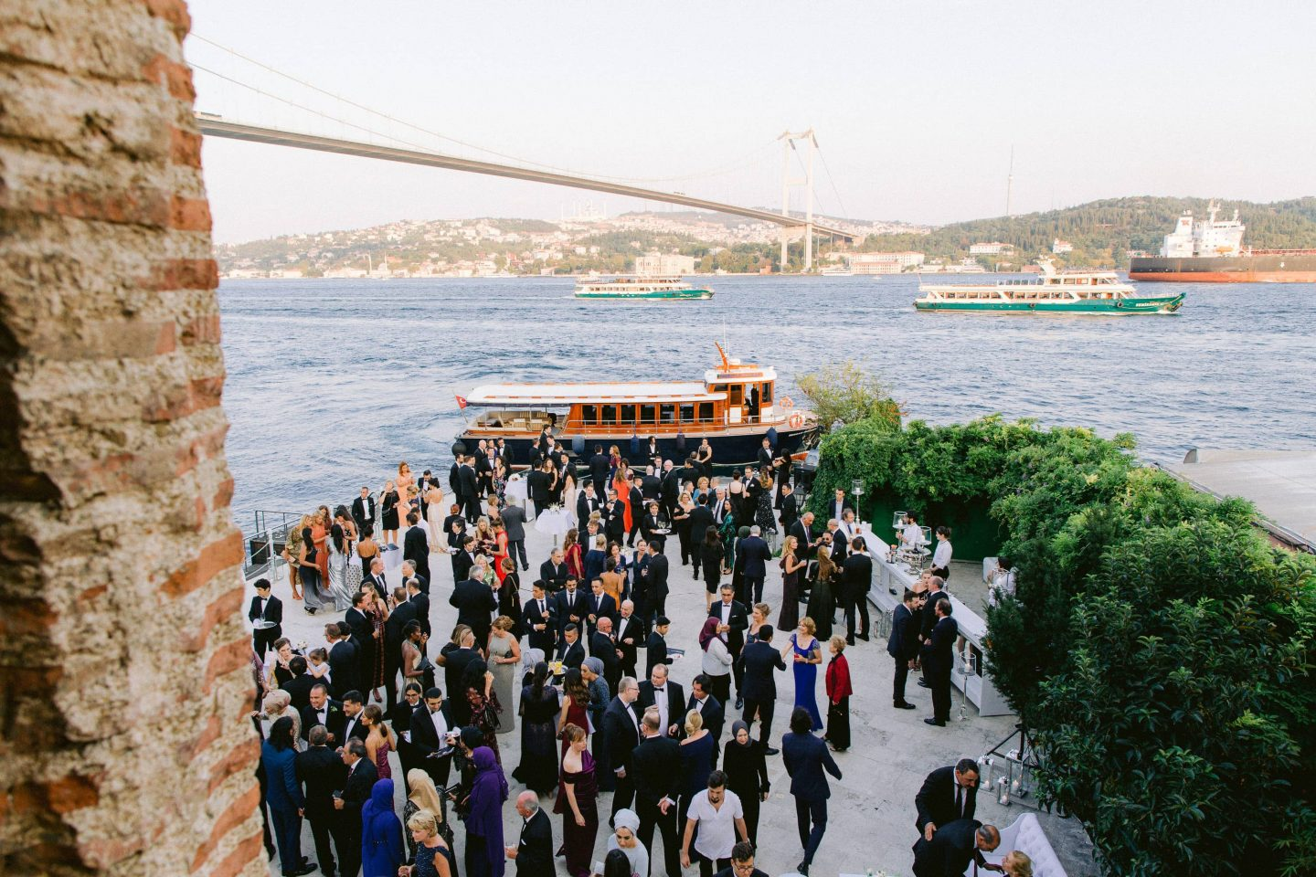 Guests arriving to reception at this Istanbul wedding weekend at Four Seasons Bosphorus | Photo by Allan Zepeda