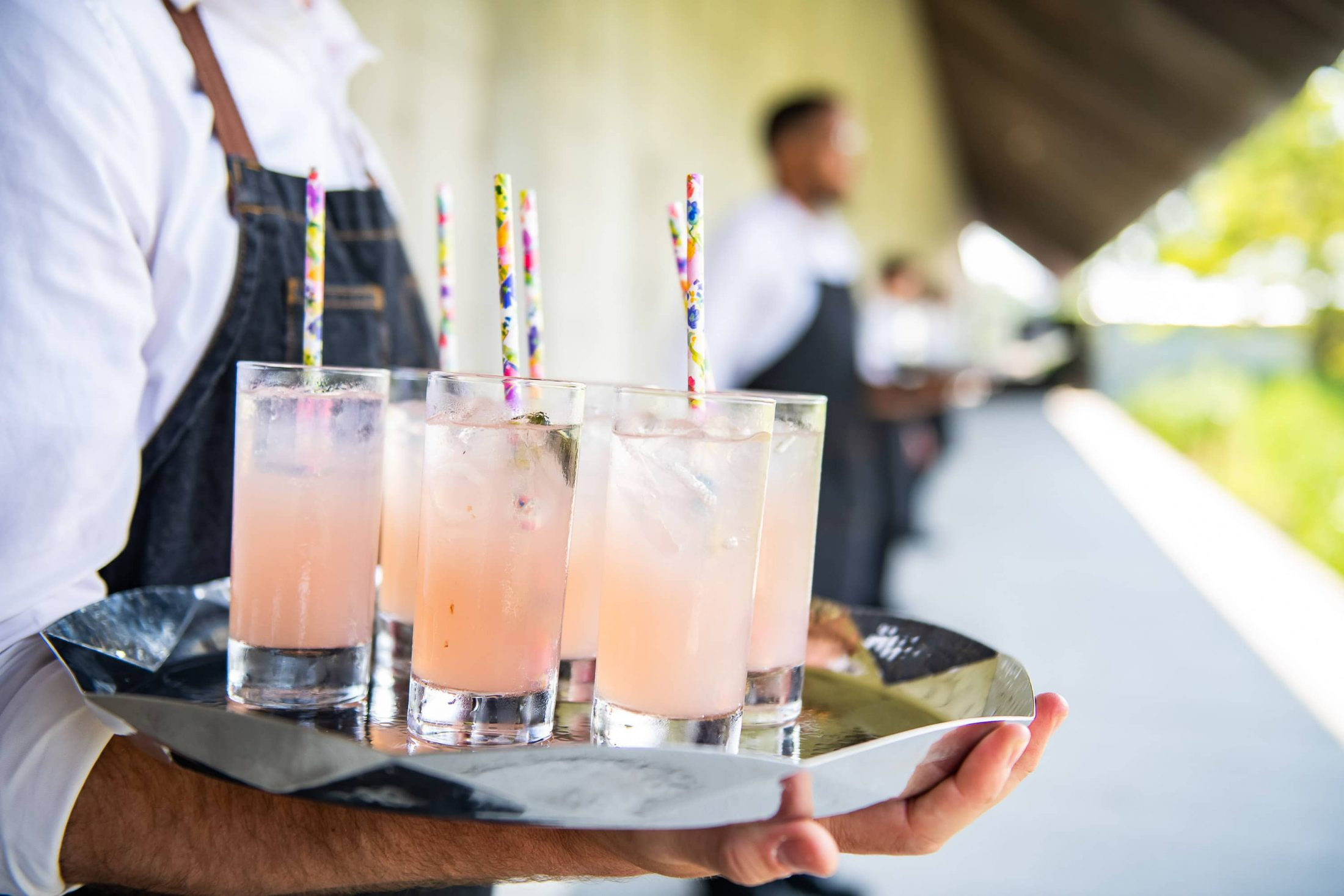 Cocktails at this Hamptons wedding weekend held at The Parrish Museum | Photo by Roey Yohai Studio