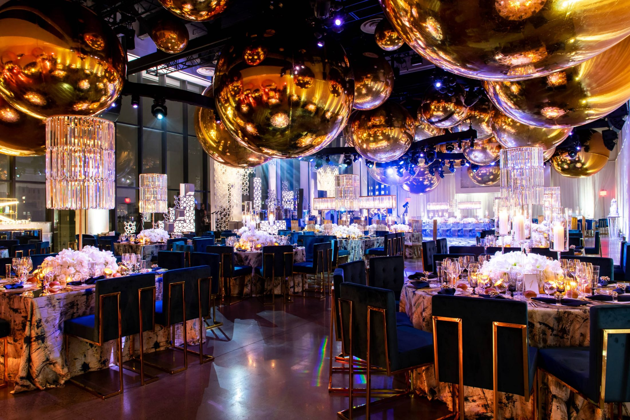 Champagne bottle-inspired reception at this NYE wedding in New York City | Photo by Gruber Photo