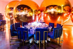 Chic table set-up at champagne bottle-inspired reception at this NYE wedding in New York City | Photo by Gruber Photo