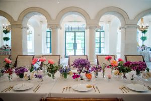 Floral table decor at Sea Island wedding weekend in Georgia, USA | Photo by Liz Banfield