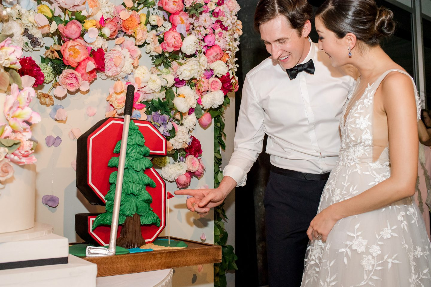 Groom's cake cutting at this Sea Island wedding weekend in Georgia, USA | Photo by Liz Banfield